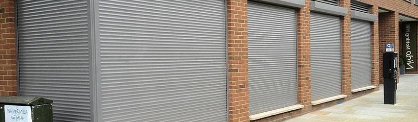 Наружные дверные рольставни